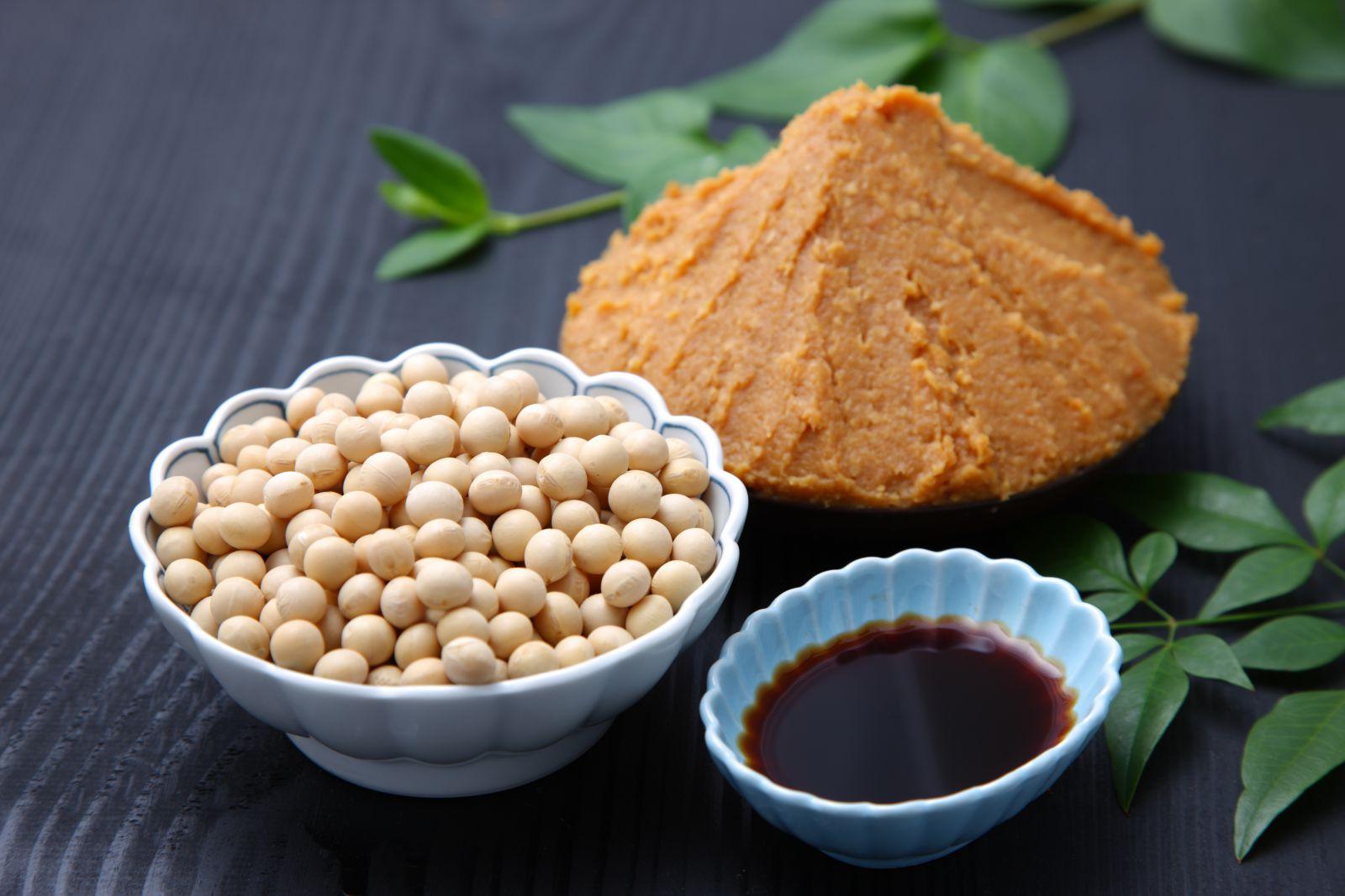大豆と味噌、醤油