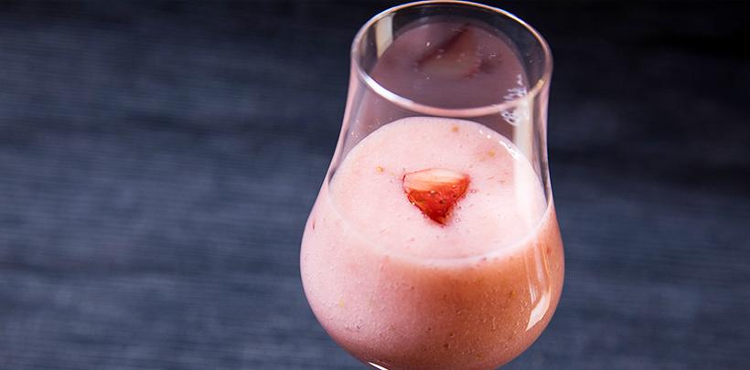 フルーツ甘酒 イチゴ